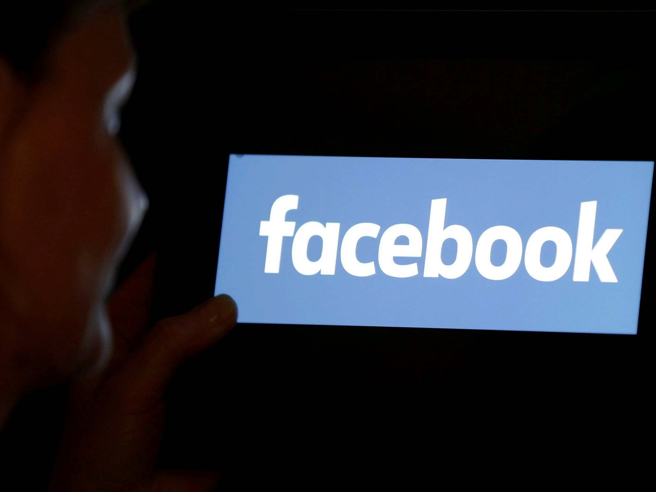 Facebook will pay $52 million to content moderators who developed PTSD on the job thumbnail