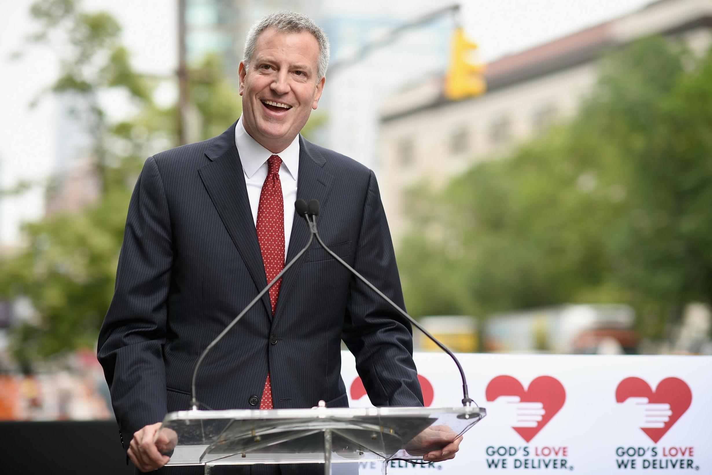 Bill de Blasio shares bagel order before deleting it amid widespread…