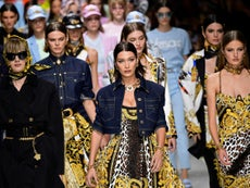 Versace praised for banning use of kangaroo skin
