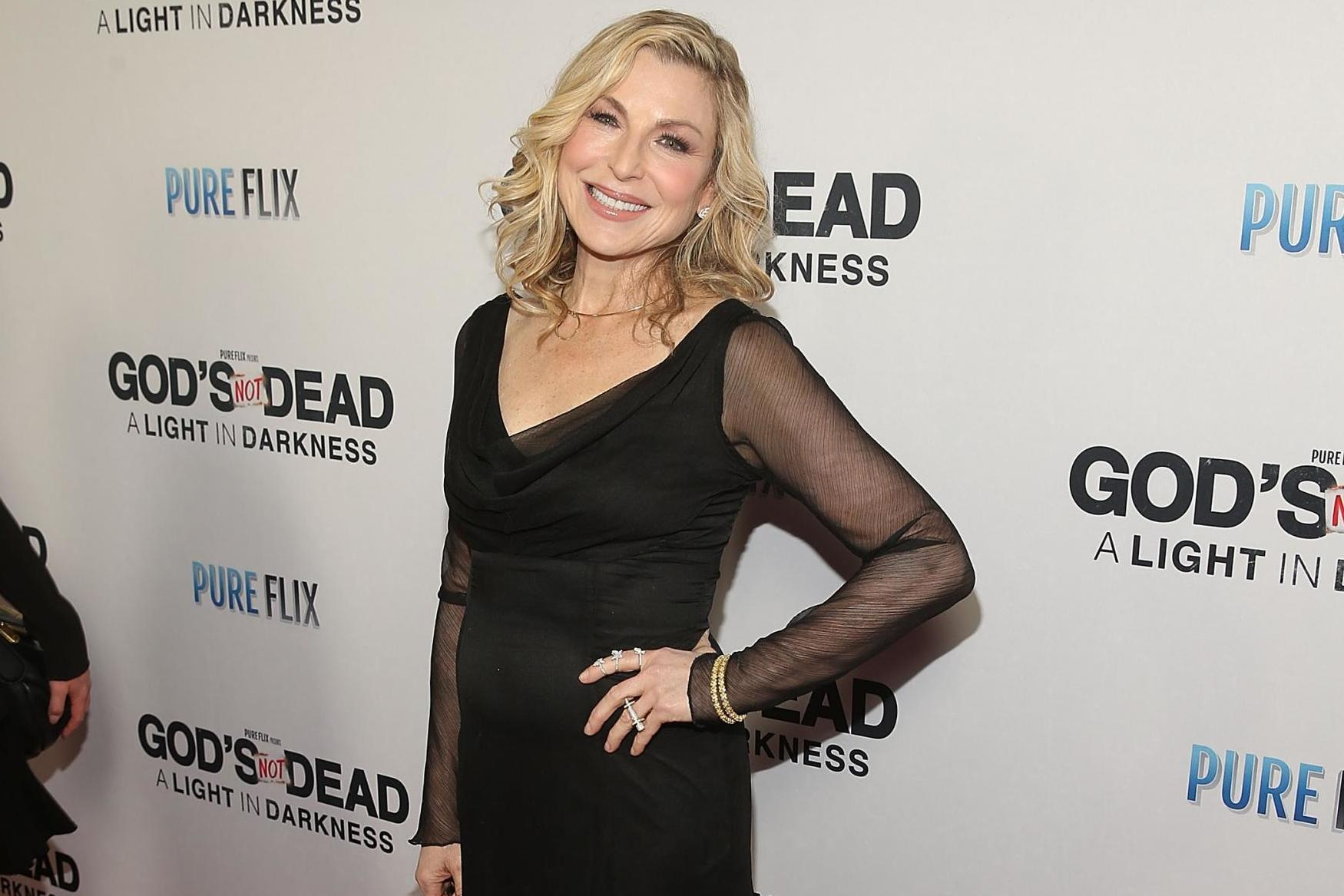 Tatum O'Neal shares photo of scars and bruises from rheumatoid arthritis: 'It's been very difficult'