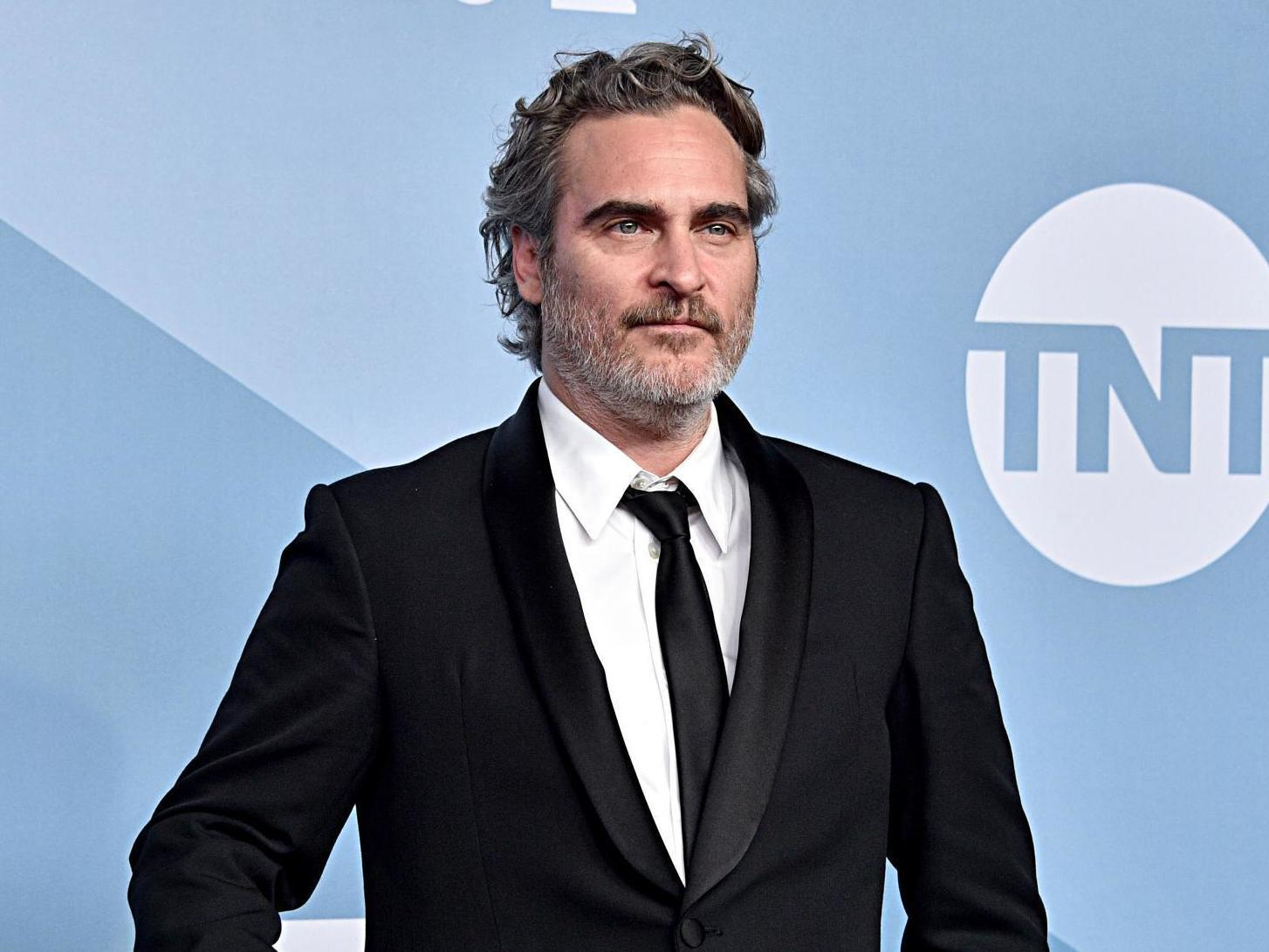Joaquin Phoenix leaves SAG Awards early to attend vigil for pigs at a slaughterhouse