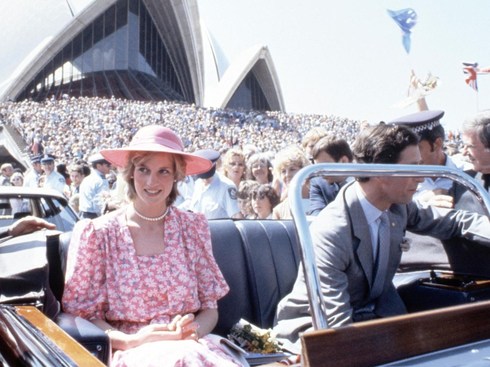10++ Princess Diana Dancing In Australia