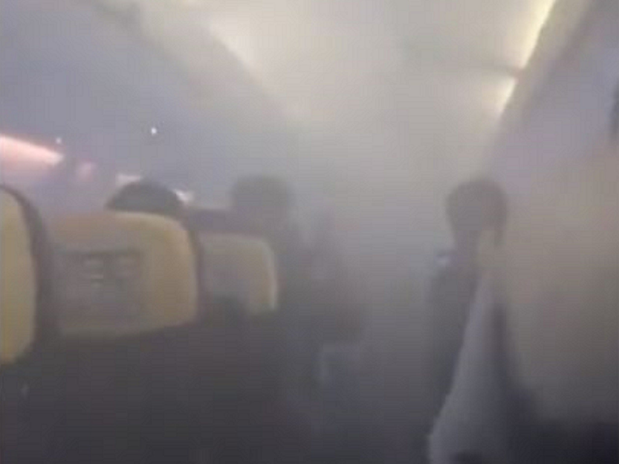 Passengers scream on Ryanair flight to Stansted as cabin suddenly fi…
