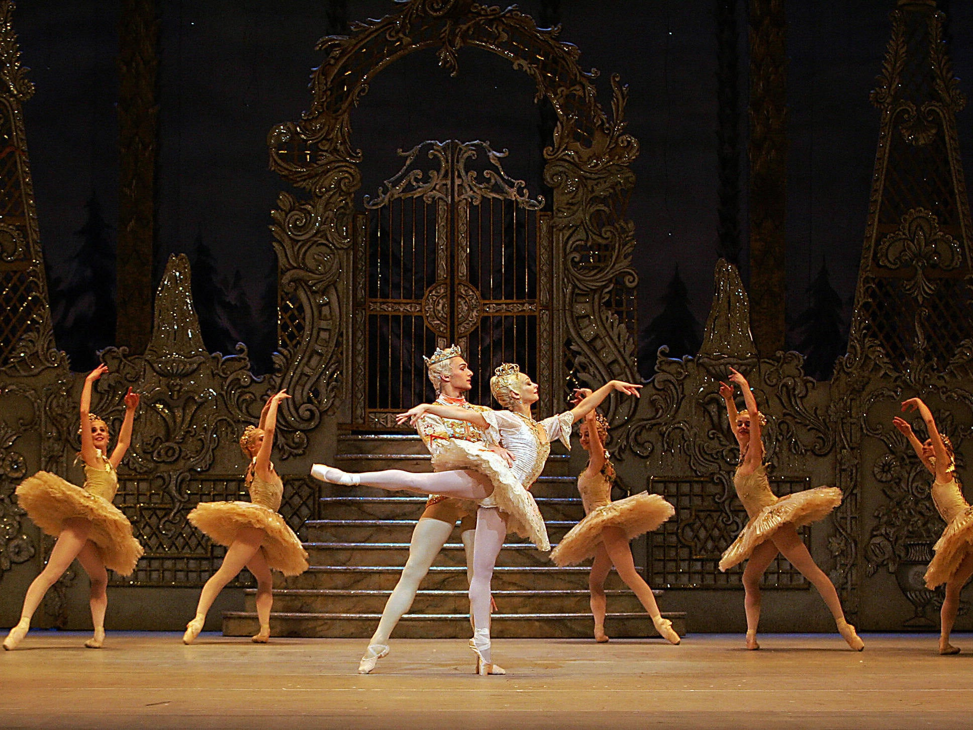 Royal Ballet to collaborate with people who have MS to choreograph d…