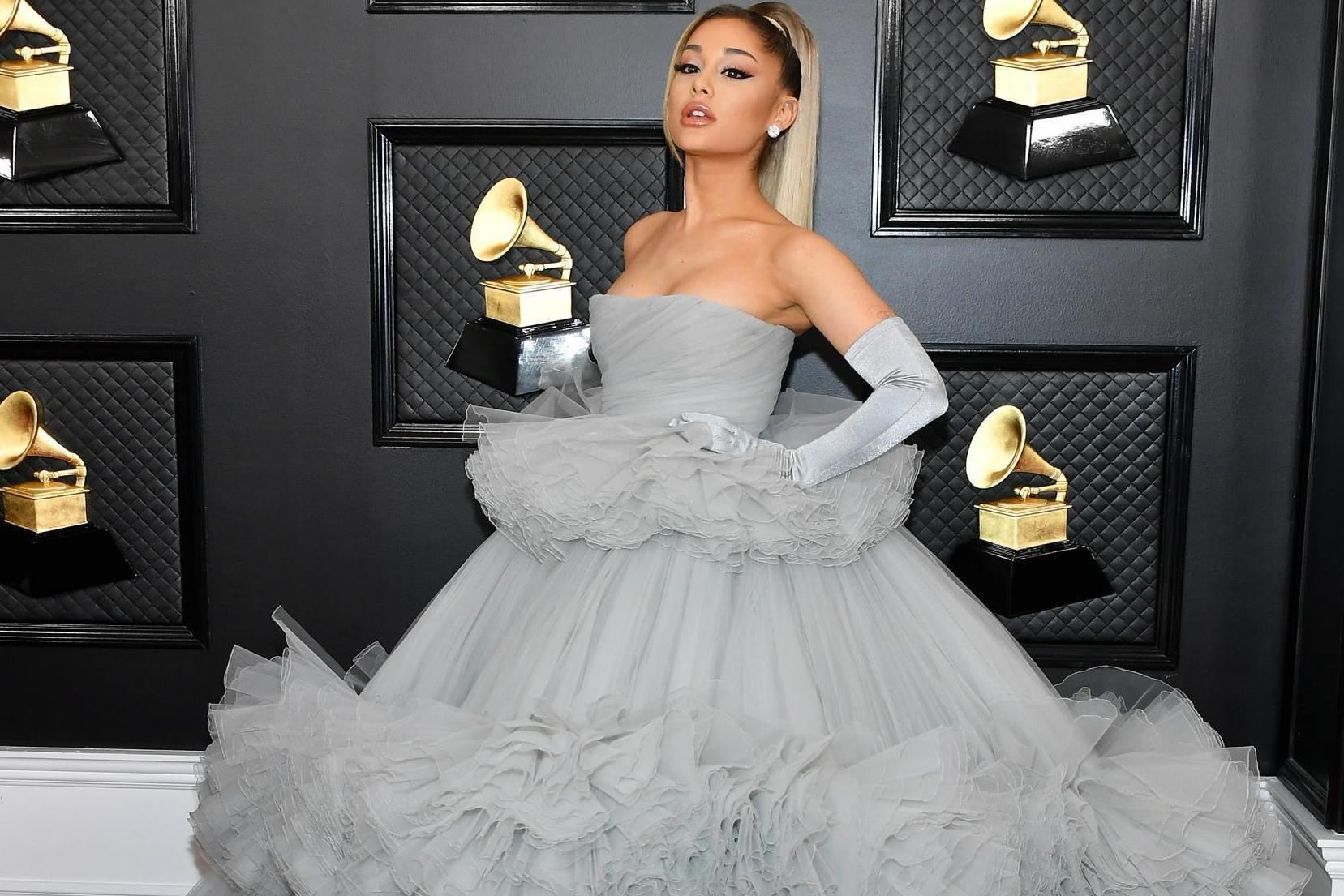 grammys 2020 the best dressed stars on the red carpet from ariana grande to billy porter the independent the independent grammys 2020 the best dressed stars on