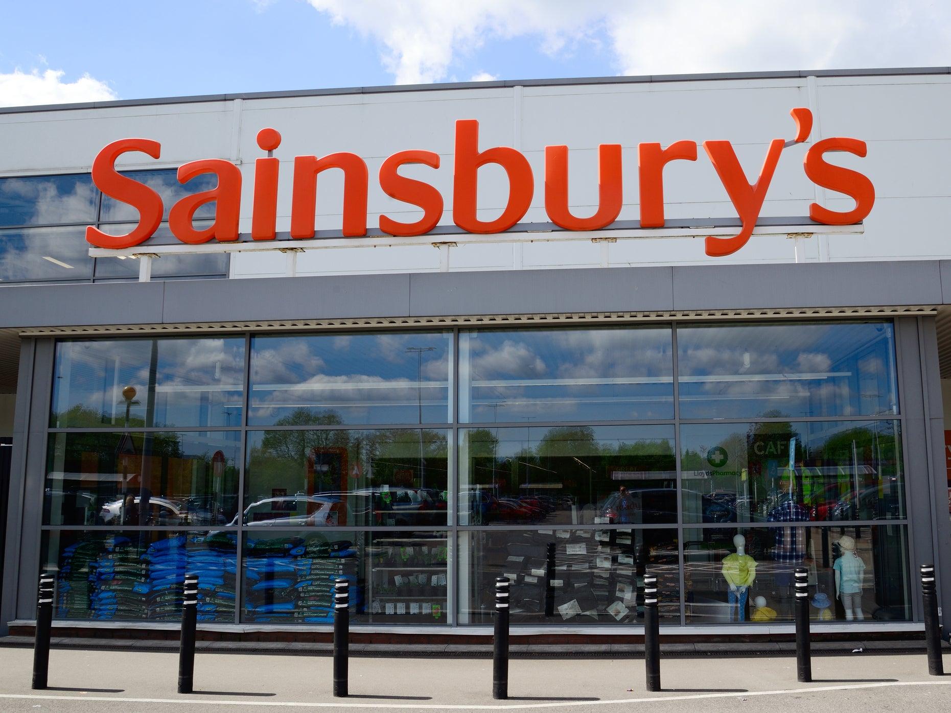 Sainsbury's pledges £1bn to achieve net zero emissions by 2040