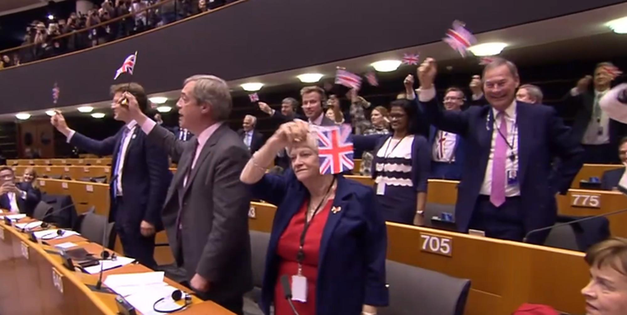 The Brexit Party waved tiny flags during Nigel Farage's final EU par…