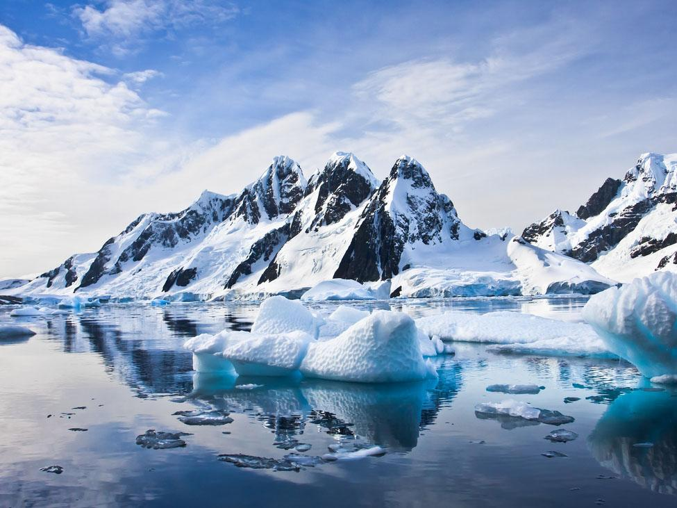 Antarctica experiences record-high temperature of more than 18C