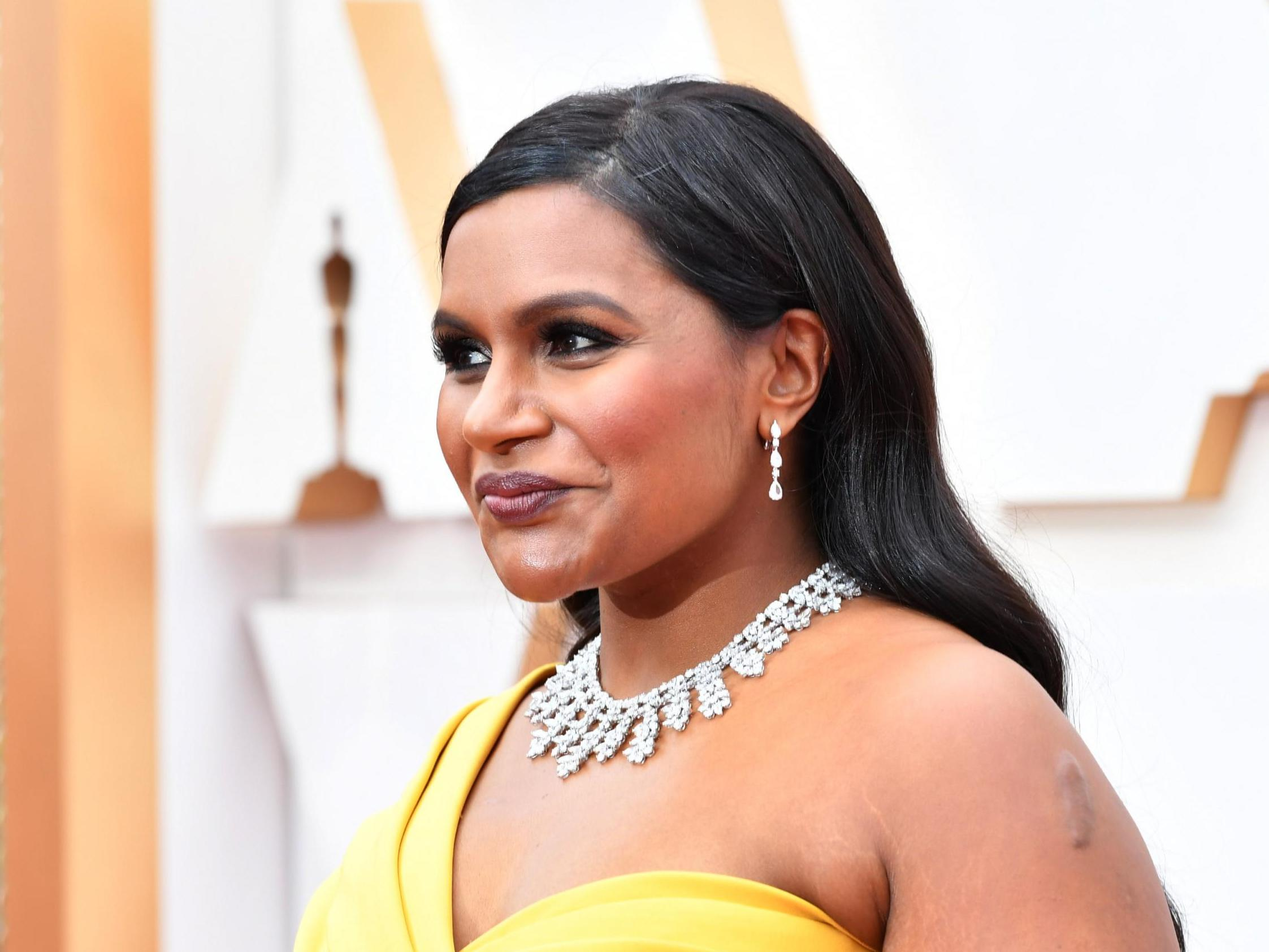 Mindy Kaling Criticises Lack Of Diversity On Oscars Red Carpet It Would Be Nice If More People Of Colour Were Nominated The Independent The Independent