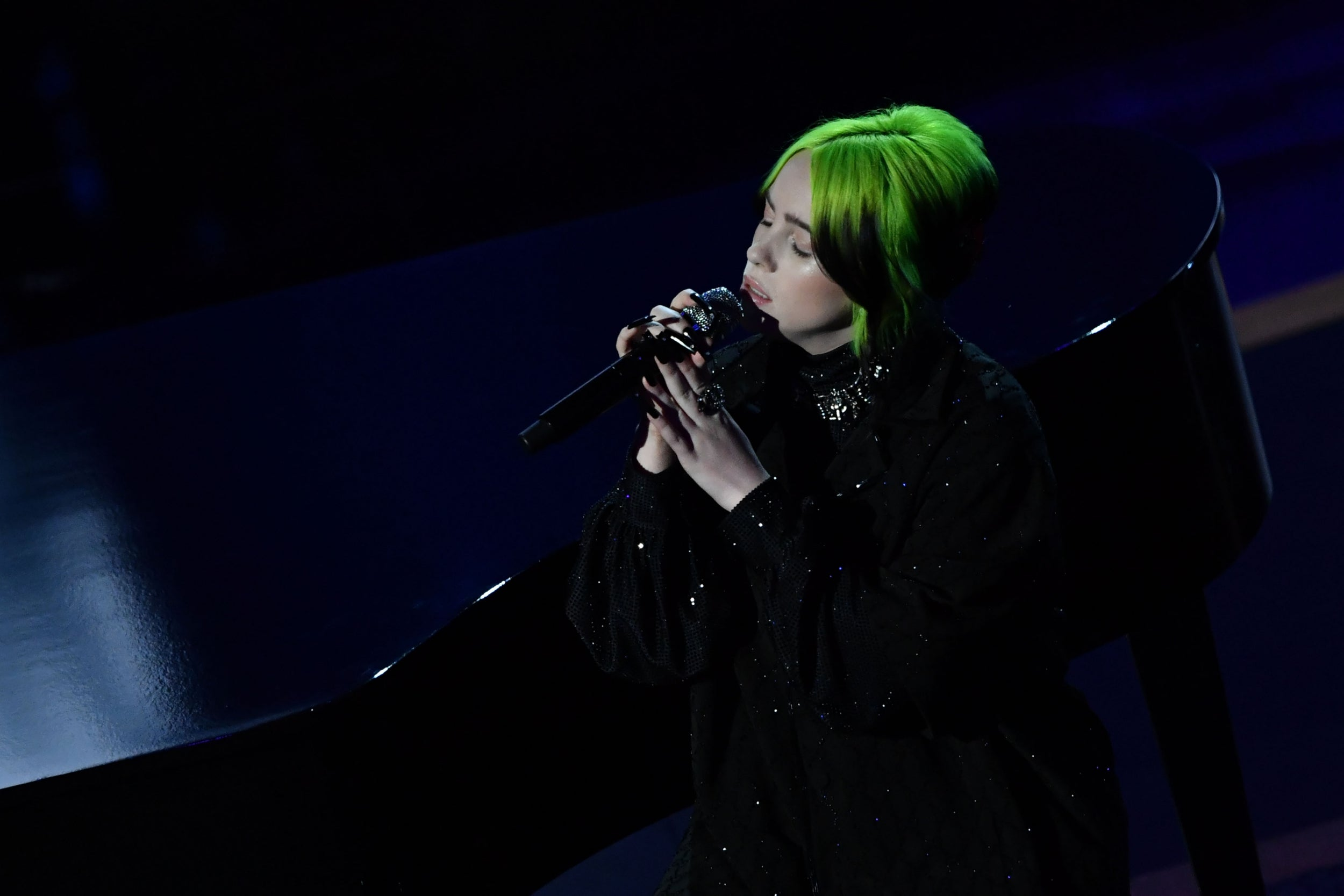 What the critics are saying about Billie Eilish's James Bond theme