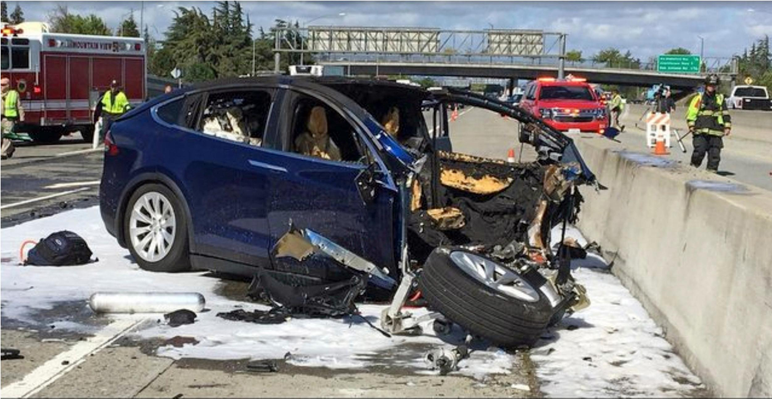Tesla Autopilot crash driver killed after playing video games, investigation reveals