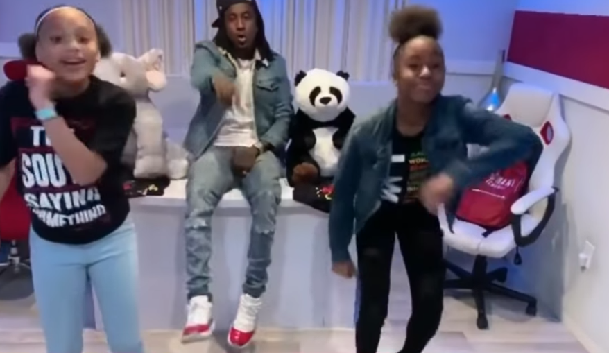 Jalaiah Harmon: 14-year-old who created viral TikTok Renegade dance performs at NBA game