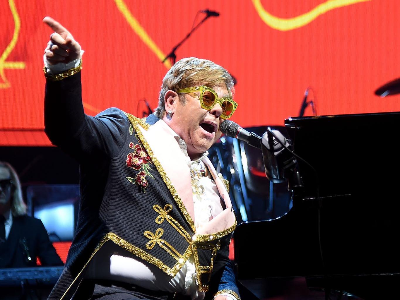 Elton John tour set to resume after walking pneumonia diagnosis