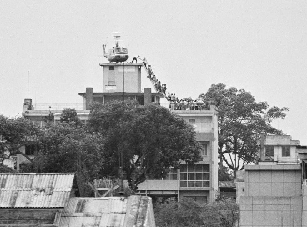 Hubert van Es' photograph depicting the evacuation of Saigon