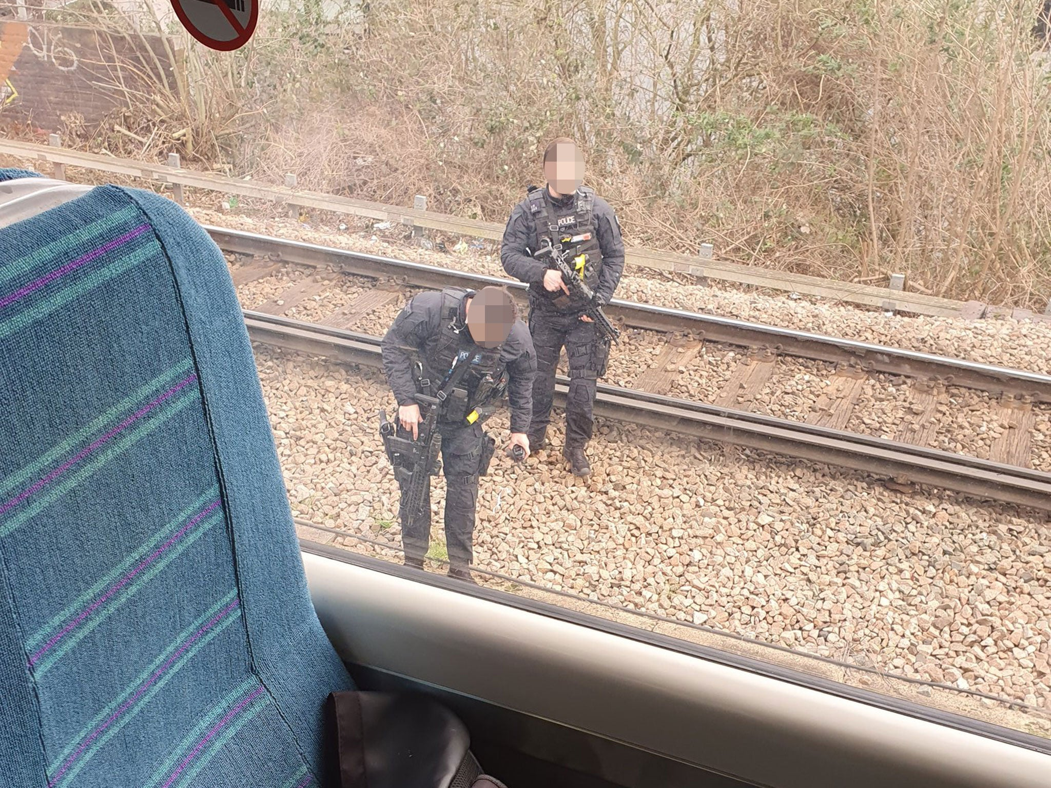 Man jumps on train armed with 'massive knife' in London