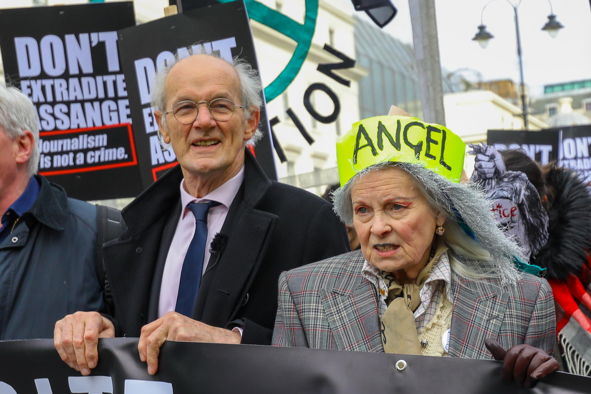 Hundreds of protesters march on parliament ahead of Julian Assange extradition hearing
