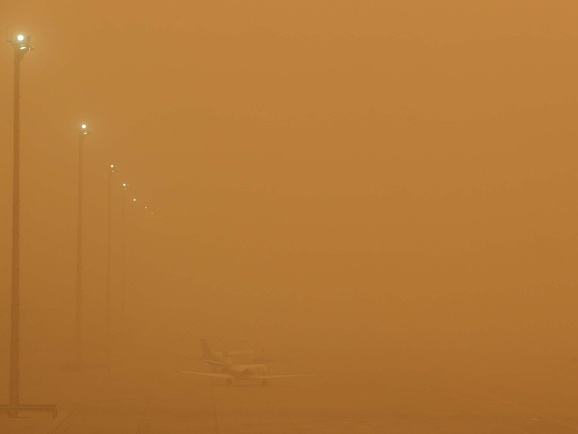 Canary Islands engulfed by huge Saharan sandstorm  - independent