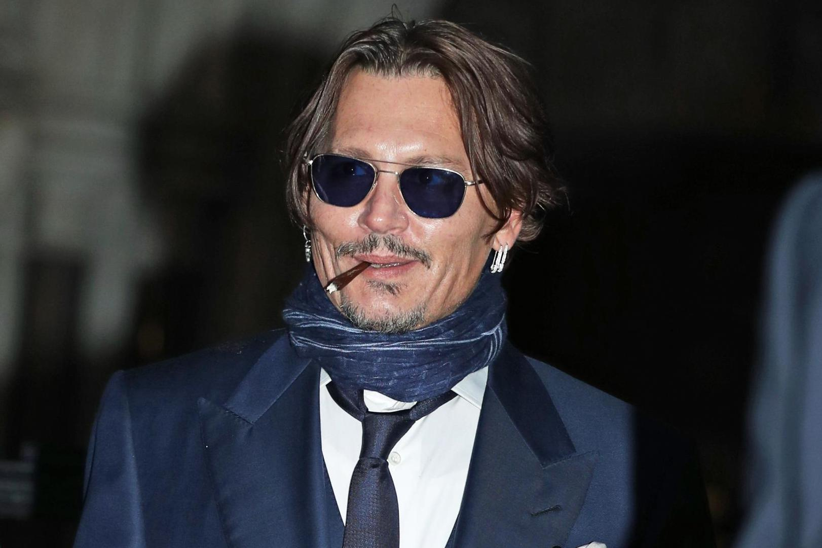 Johnny Depp threatened to 'burn' and 'drown' Amber Heard in texts, court hears