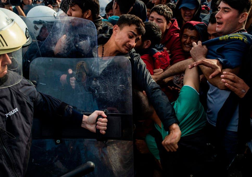 Bildergebnis für refugees greece turkey