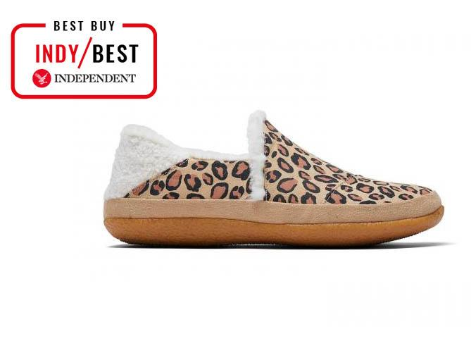 Best women's slippers to keep cosy