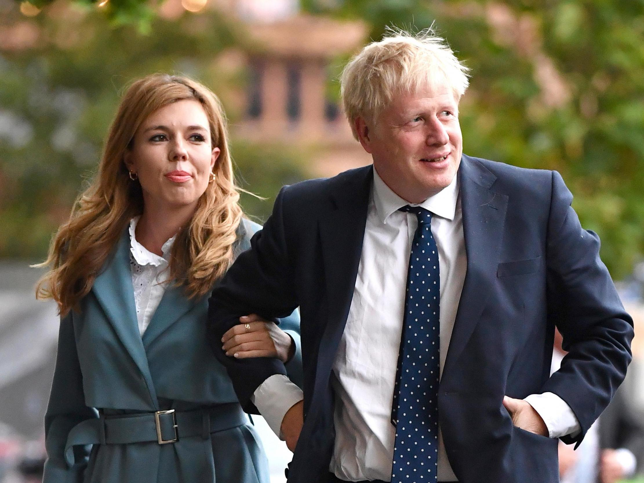 Boris Johnson coronavirus: Downing Street confirms Carrie Symonds is not self-isolating with prime minister