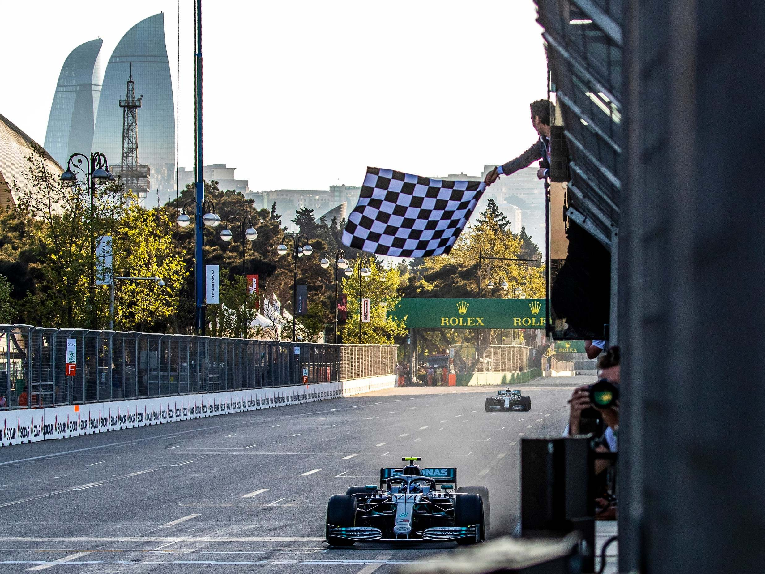 F1 teams launch 'Project Pitlane' to build ventilators to aid NHS's fight against coronavirus