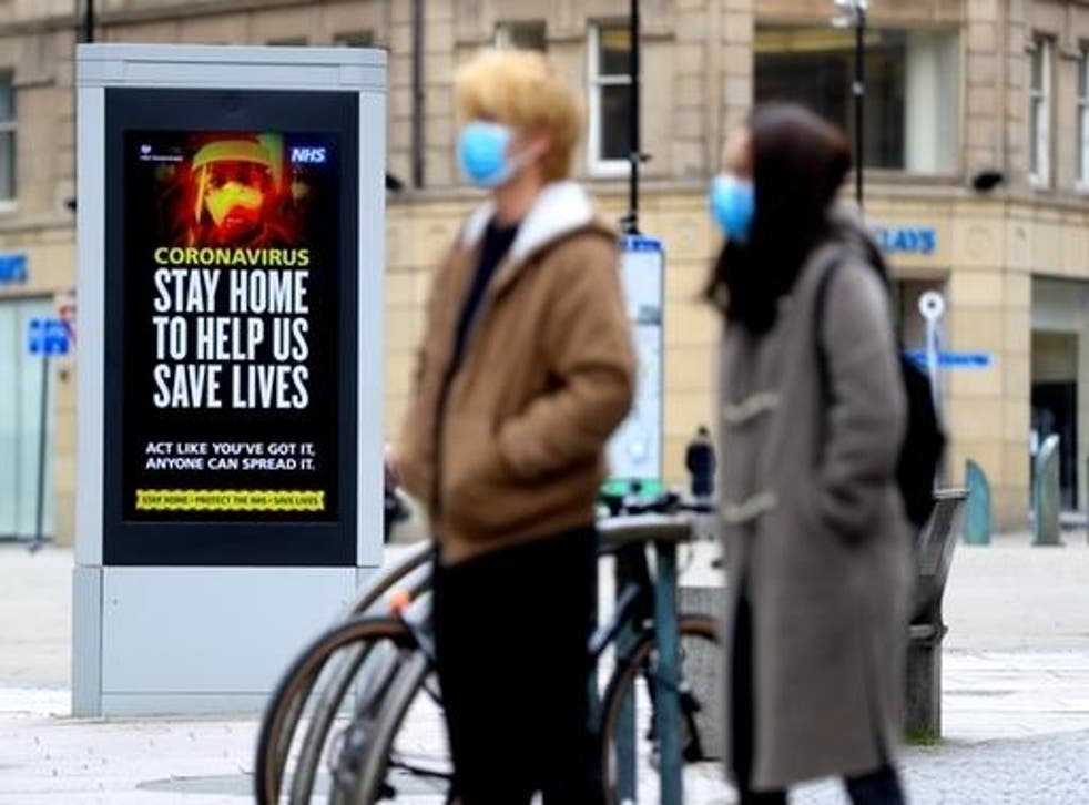 Electronic bilboards tell people to stay home to stop coronavirus spread in Sheffield