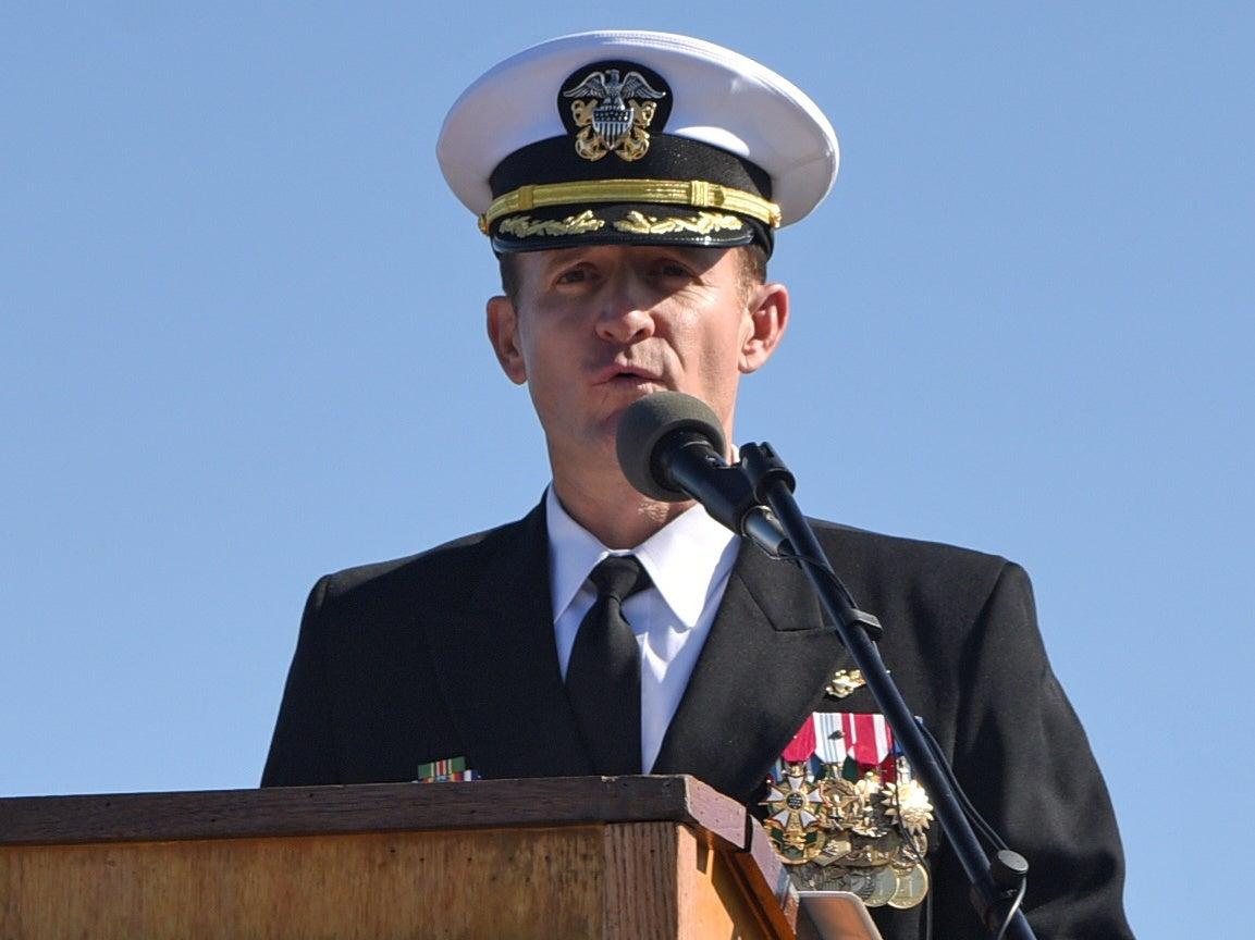 Brett Crozier: Navy leaders recommend reinstating fired captain who sent letter warning about coronavirus thumbnail