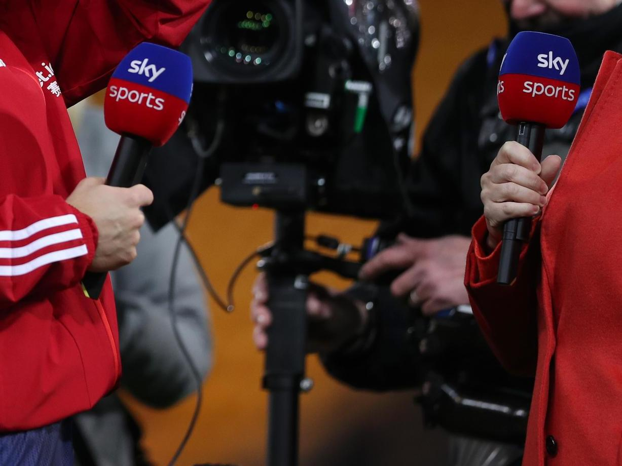 Female Sky Sports presenters complain after viewers were ...