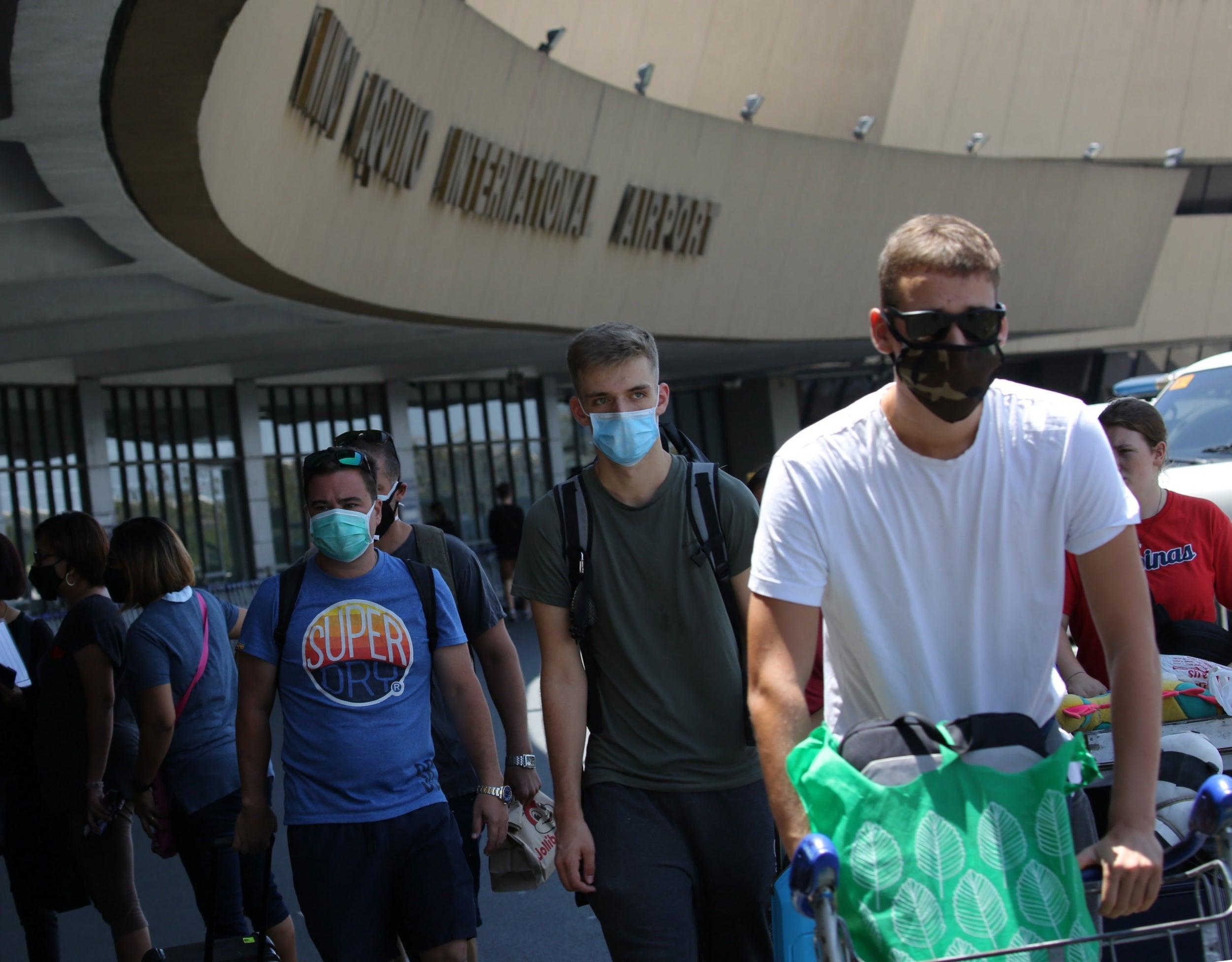 UK travellers furious at £1,000 repatriation flights from Philippines amid coronavirus crisis