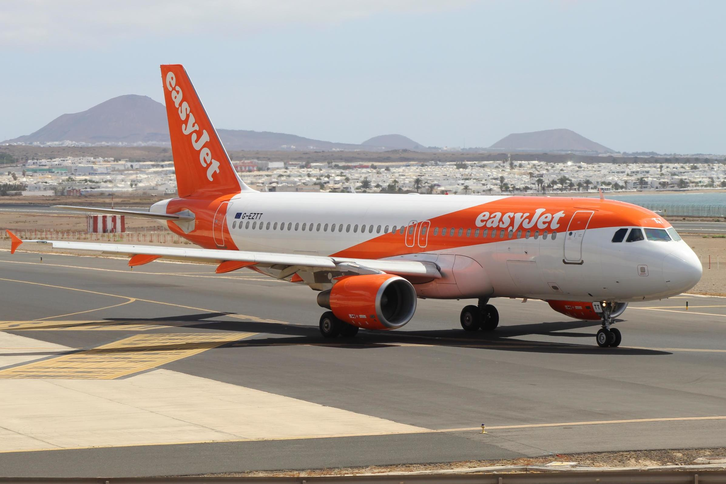 EasyJet will run out of money by August if Airbus order goes ahead, founder warns