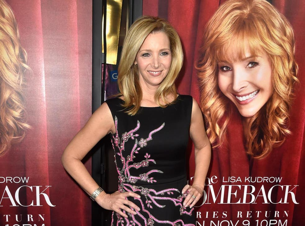 """Lisa Kudrow arrives at the premiere of HBO's """"The Comeback"""" in Hollywood, 5 November 5, 2014"""