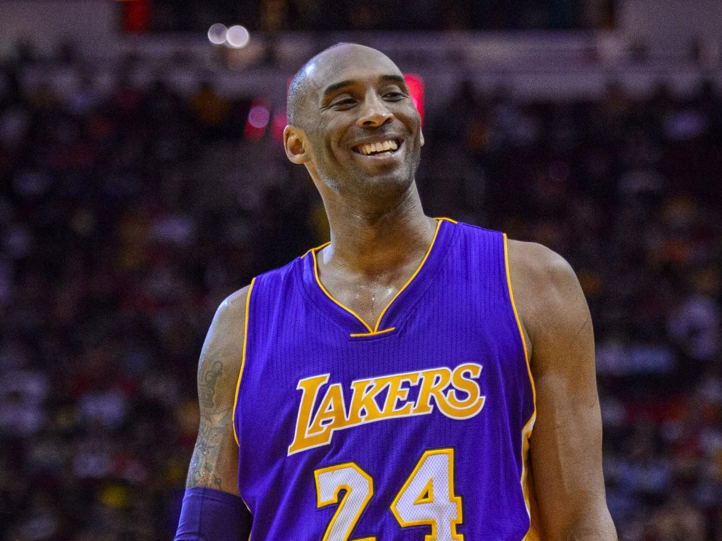 Pilot in Kobe Bryant crash may have been disoriented in fog, according to investigation documents
