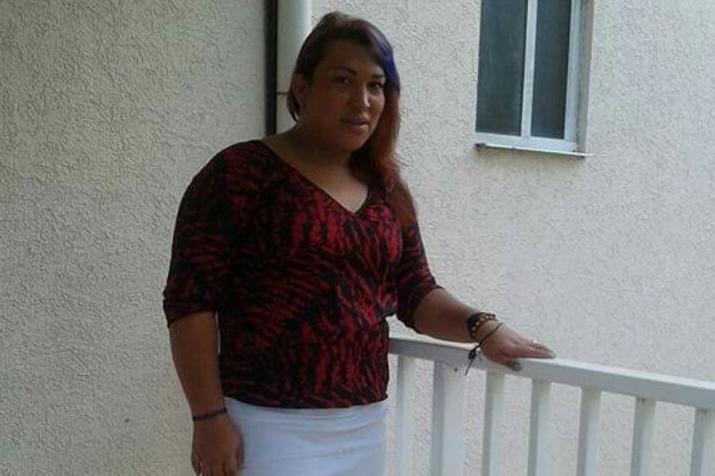 Trans woman distributing food in Panama fined for breaching gender-based lockdown thumbnail