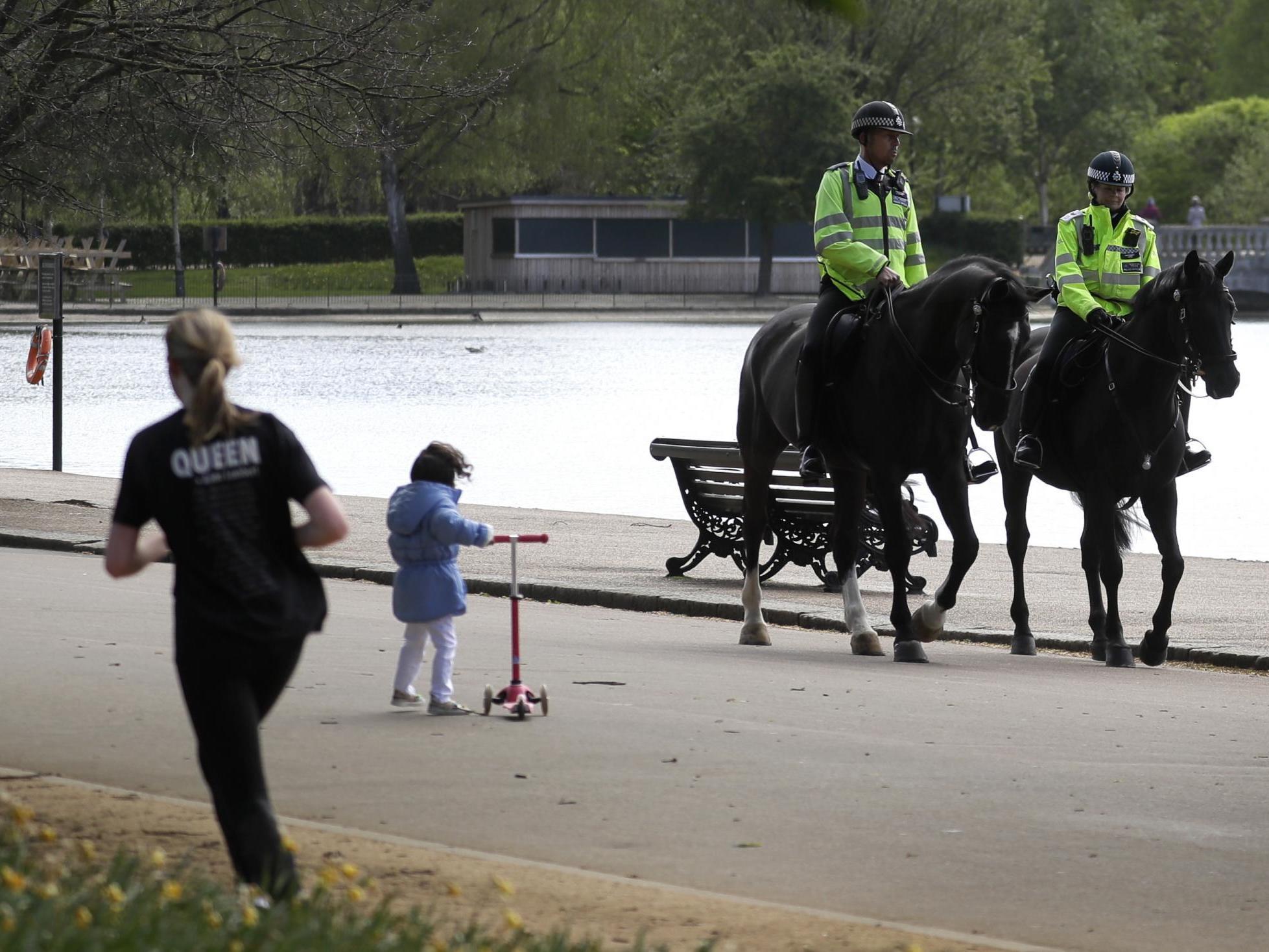 Coronavirus: Parks and graveyards must remain open despite UK lockdown, government says thumbnail