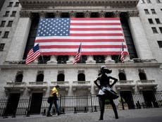 Wall Street suffers worst fall in three weeks amid falling oil prices