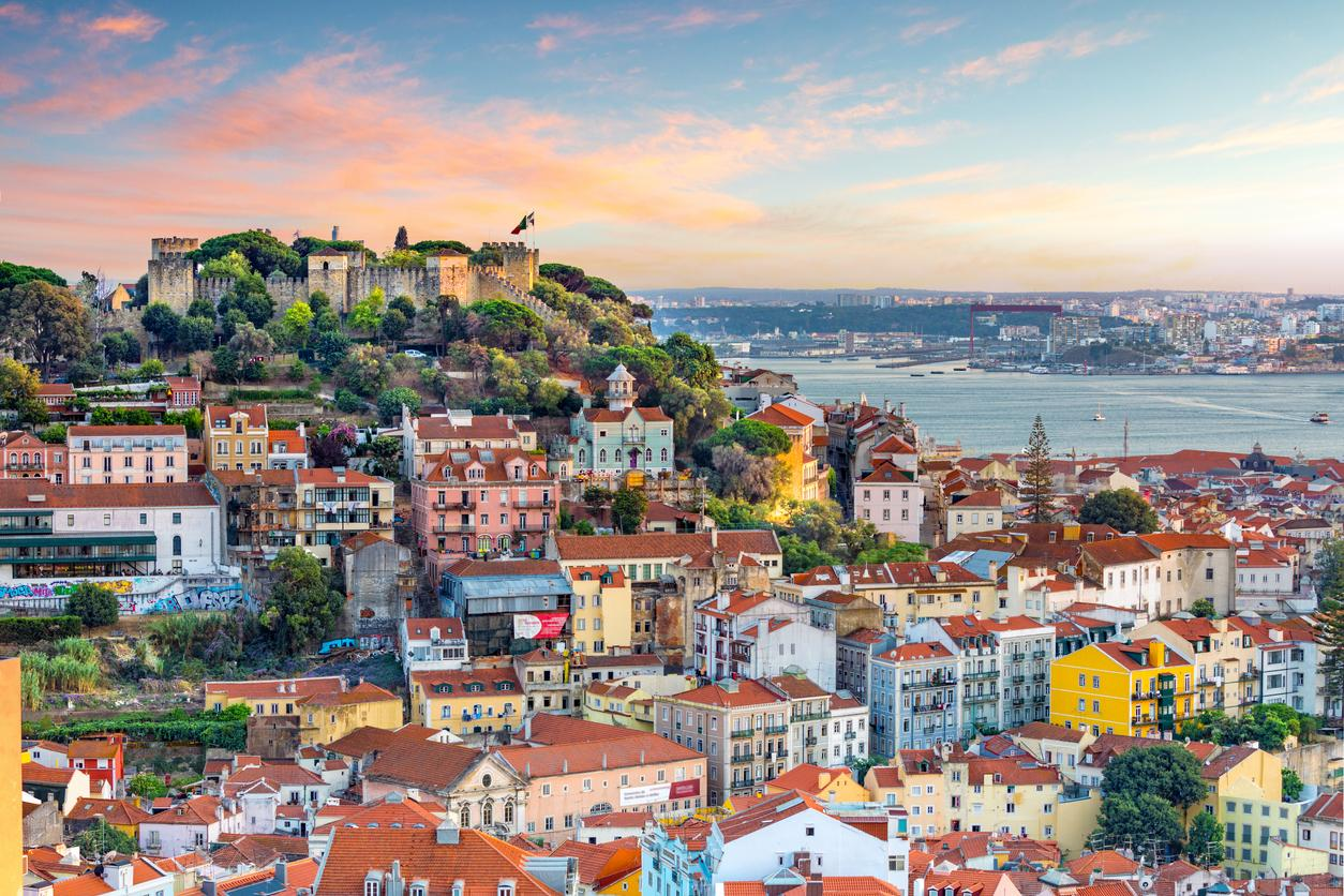 How to visit Lisbon without leaving home