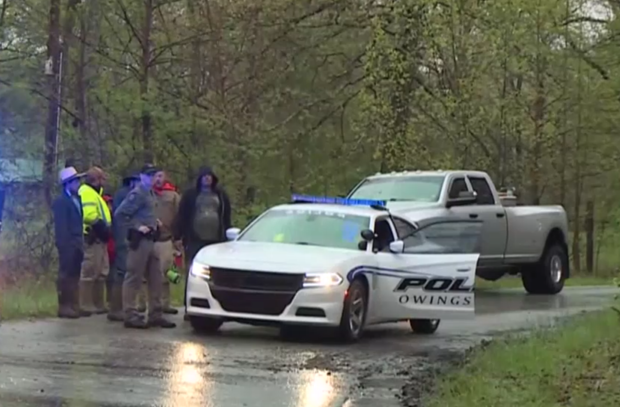 Four Amish children killed and one missing after buggy swept away by river in Kentucky photo