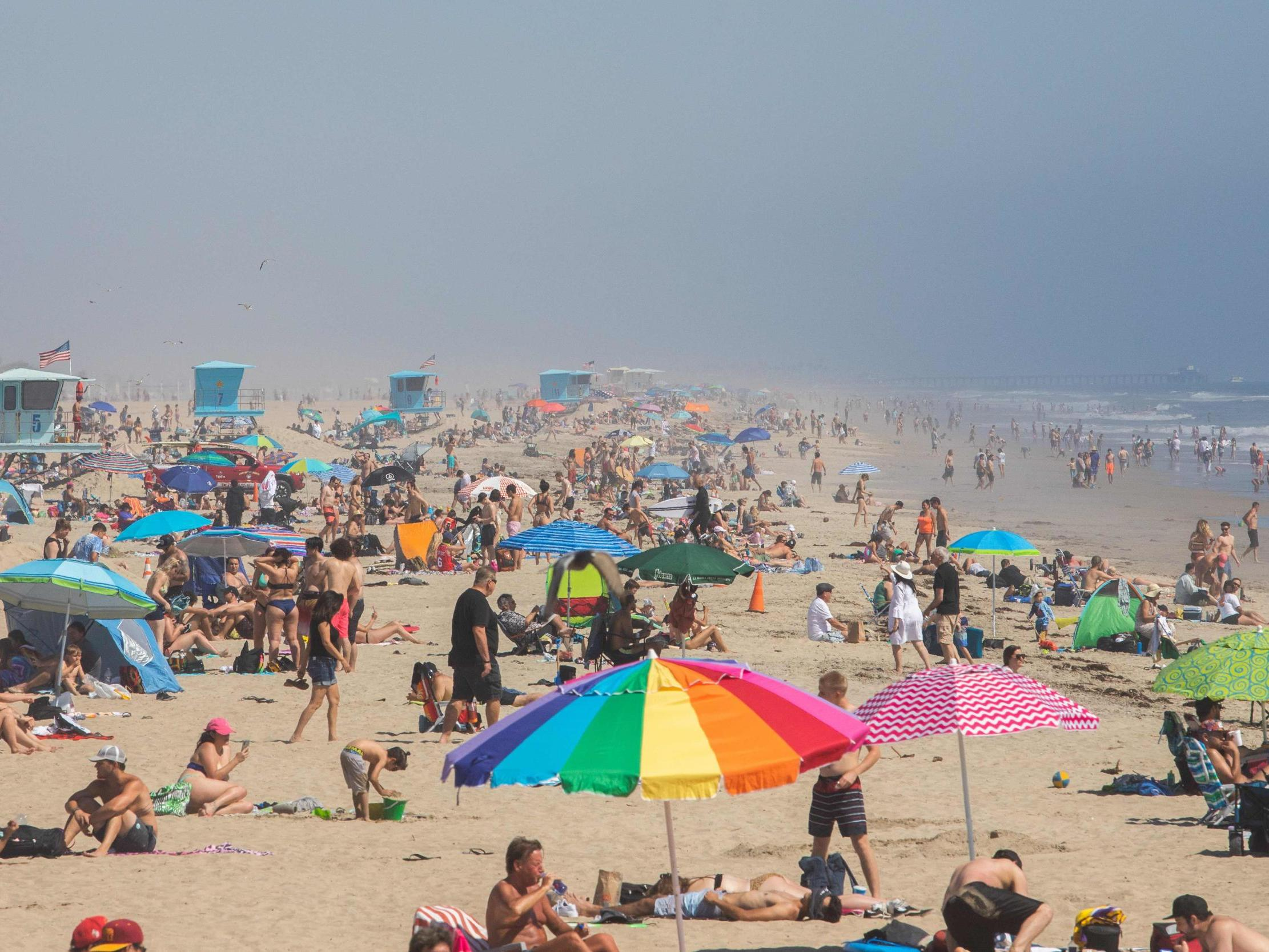 All California beaches to be closed following weekend crowding, police memo says  photo