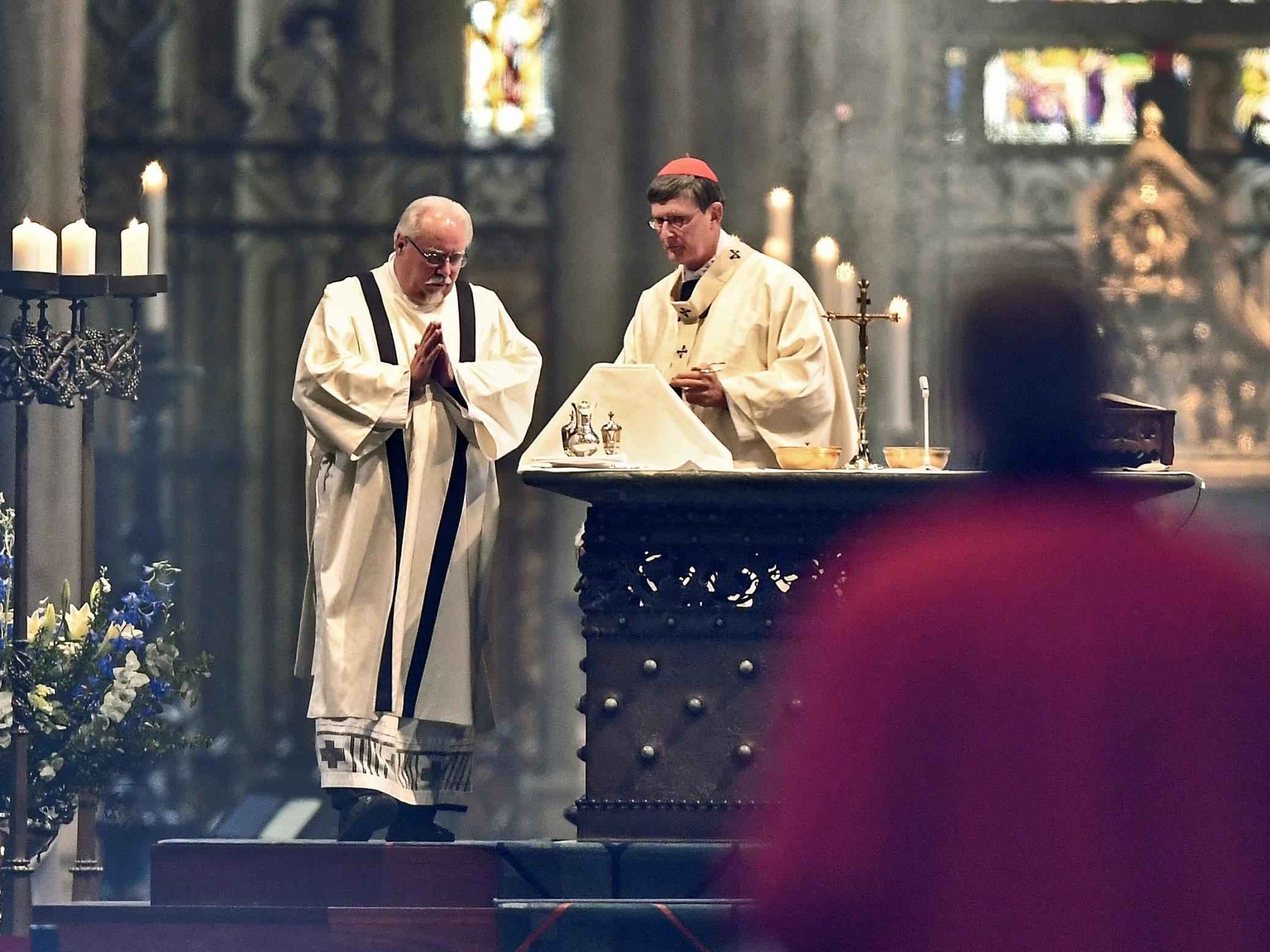 Churches reopen in Germany - but no singing allowed photo