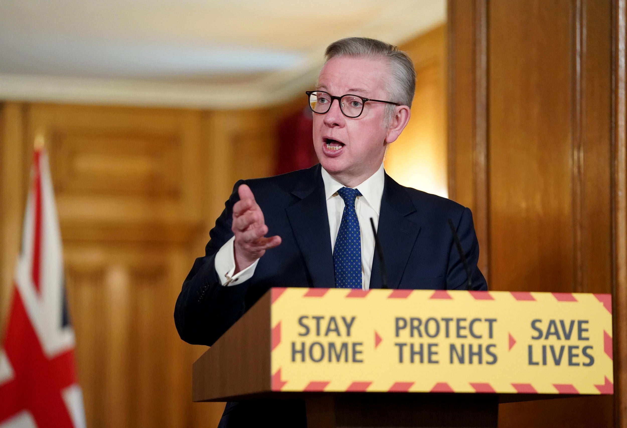 Michael Gove talks of the need for new leadership. He could not lead a rat out of a sewer with a slice of cake thumbnail