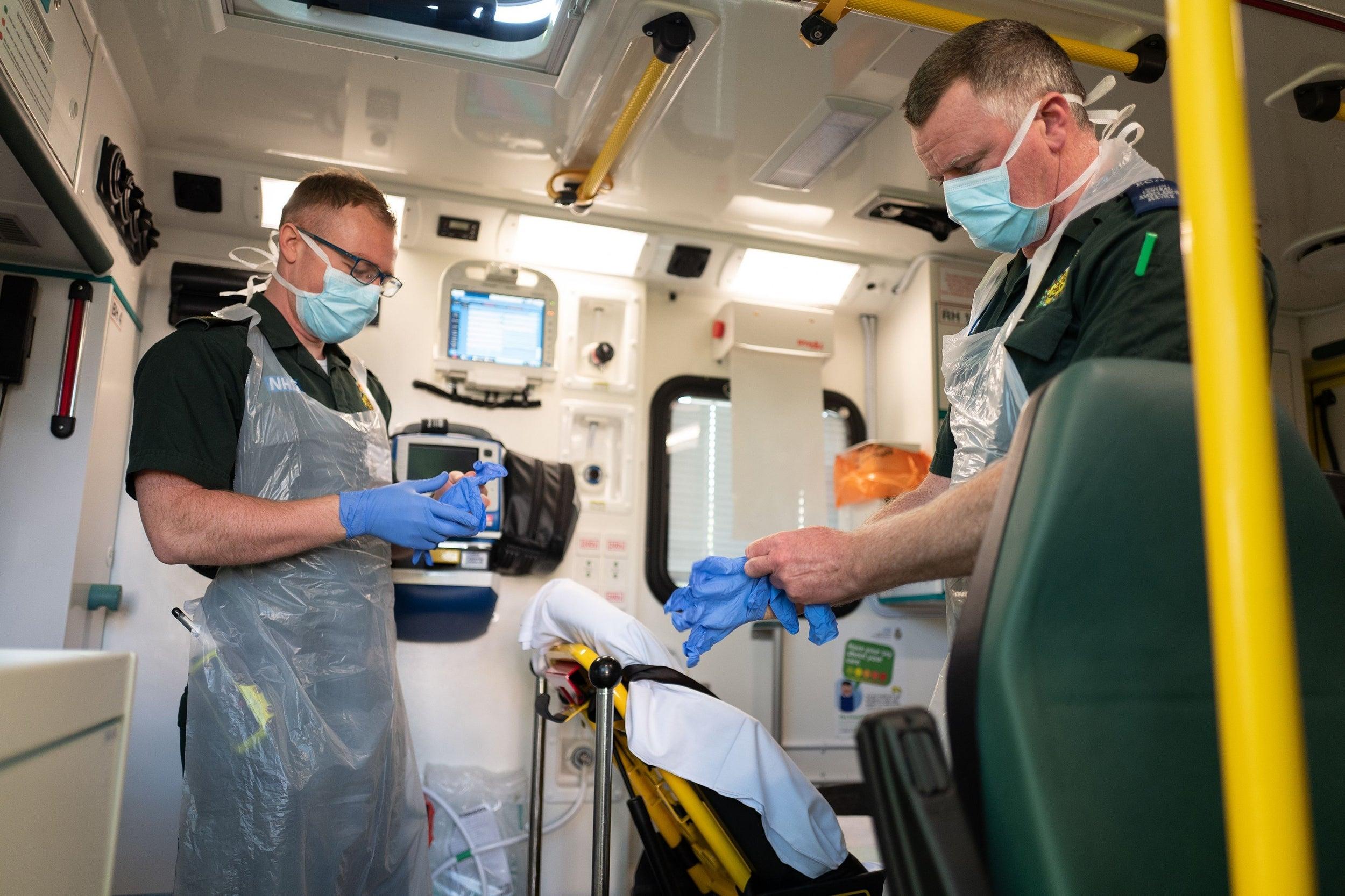 Coronavirus: Explaining the R value and what it means for the UK's lockdown thumbnail