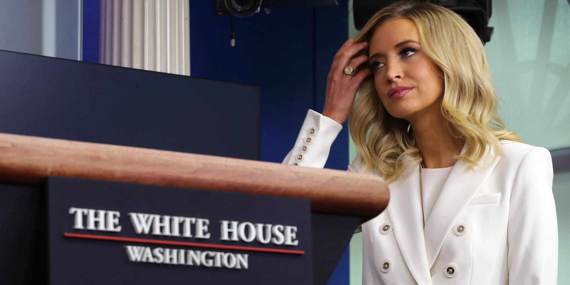 Kayleigh McEnany, a secretária de imprensa da Casa Branca, já foi contra as declarações de Trump na sua campanha