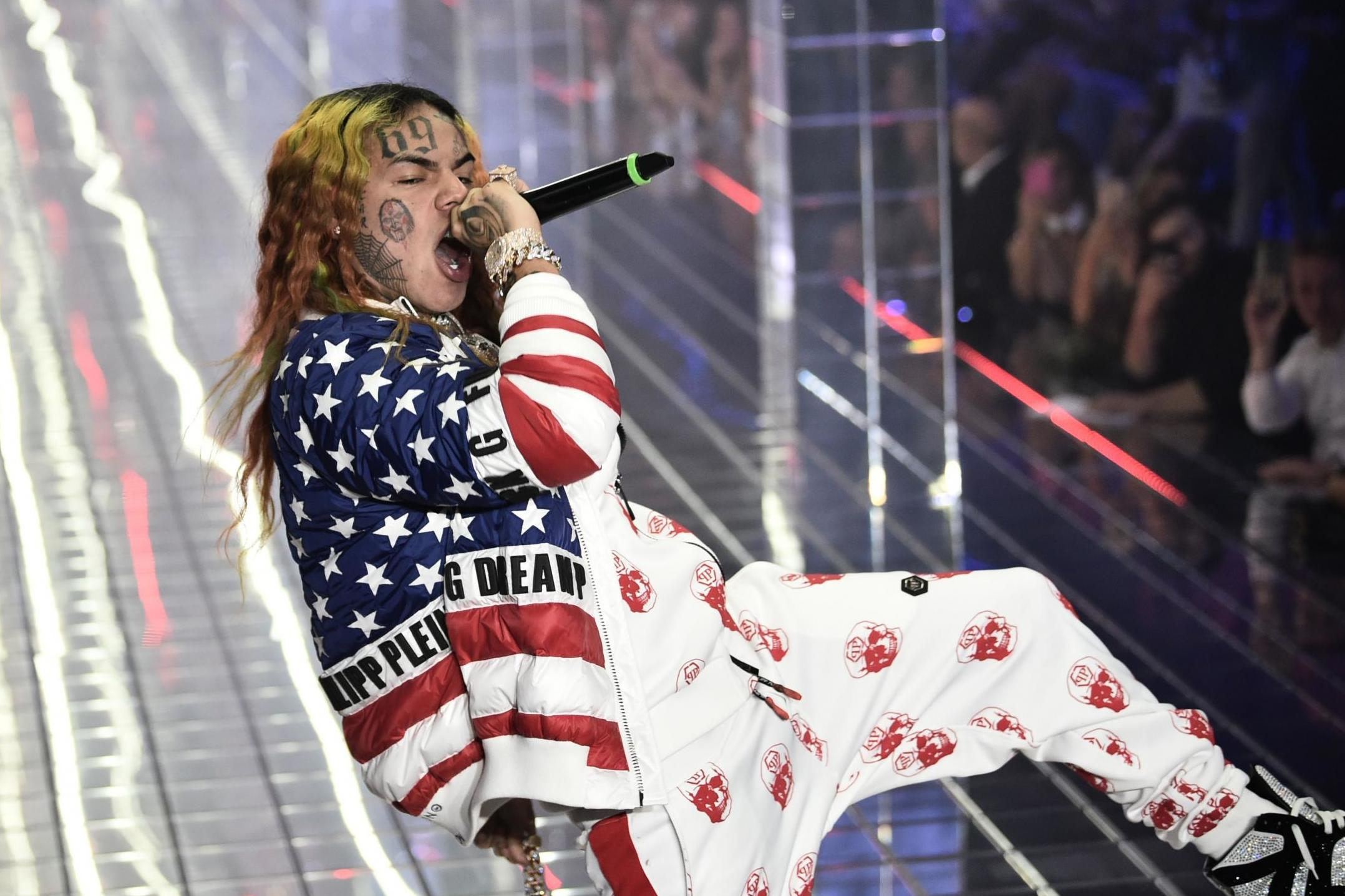 'Gooba': Tekashi 6ix9ine unveils first new song and music video since prison release thumbnail