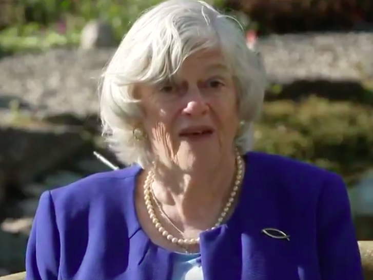 Ann Widdecombe rows with Piers Morgan as she tells people to use public transport even though 'you can't keep 2m apart'