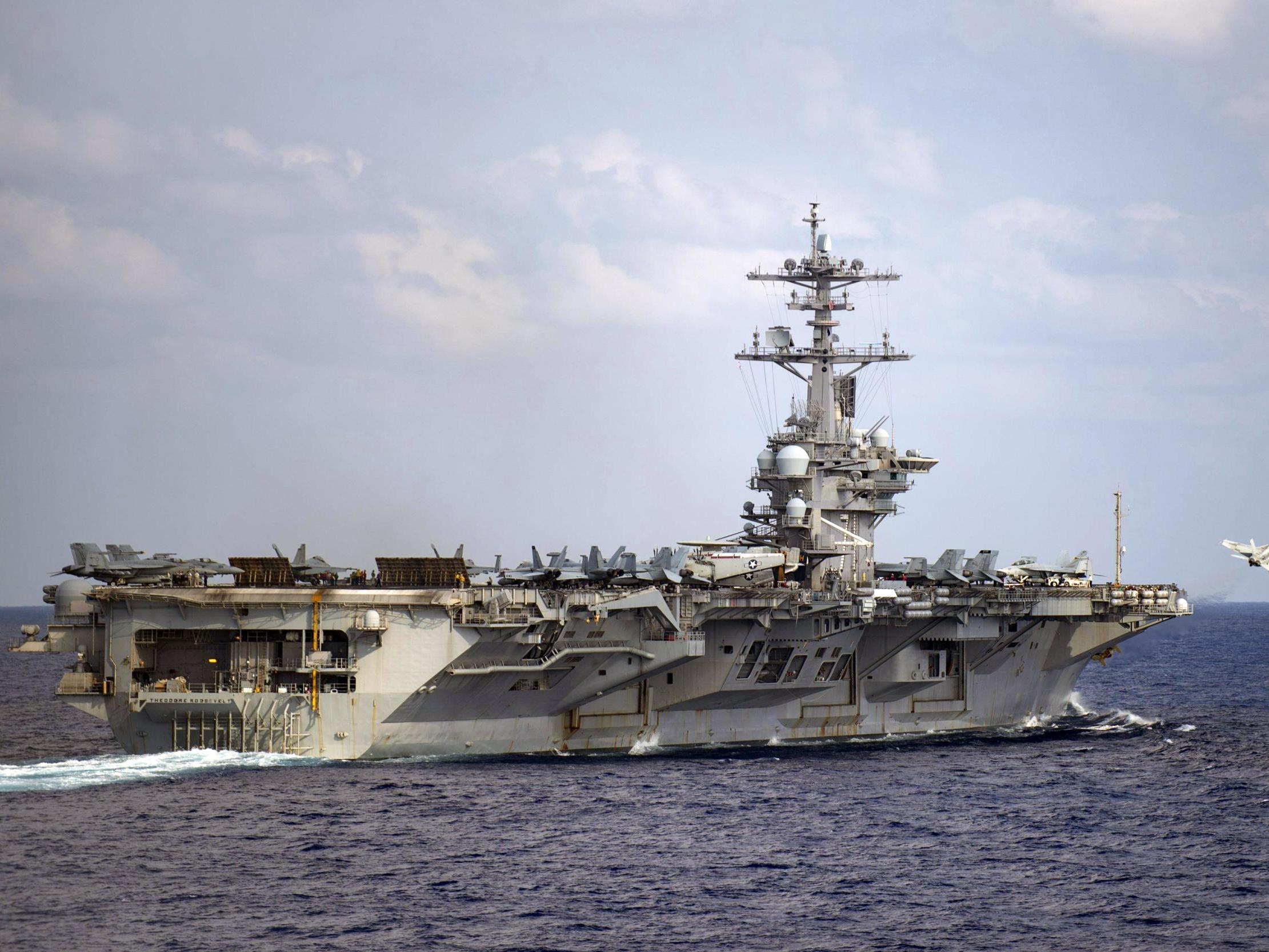 Coronavirus: Sidelined US aircraft carrier to return to sea after entire crew quarantined and captain fired thumbnail