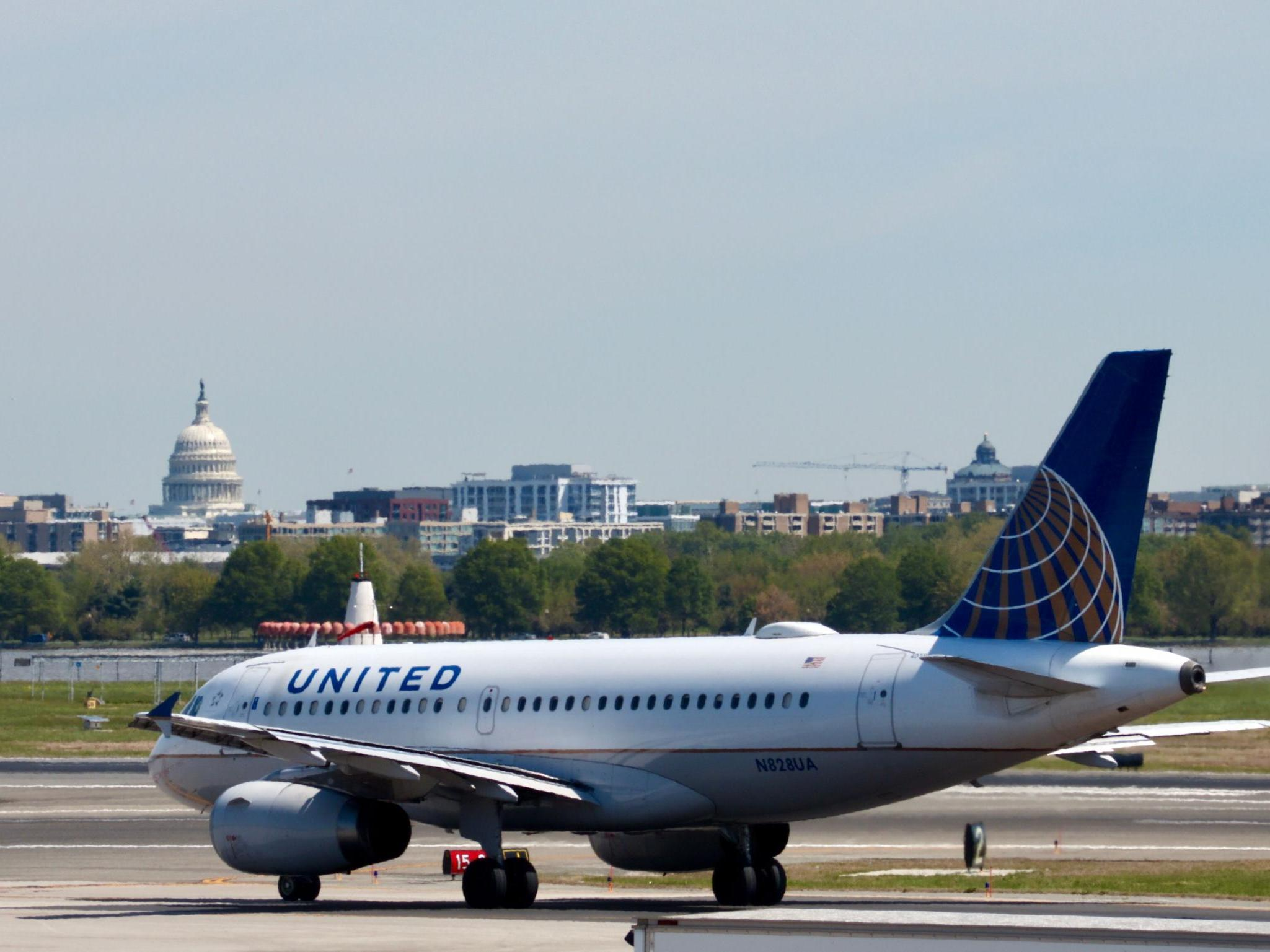 NFL player suing United Airlines says he was sexually assaulted on flight thumbnail
