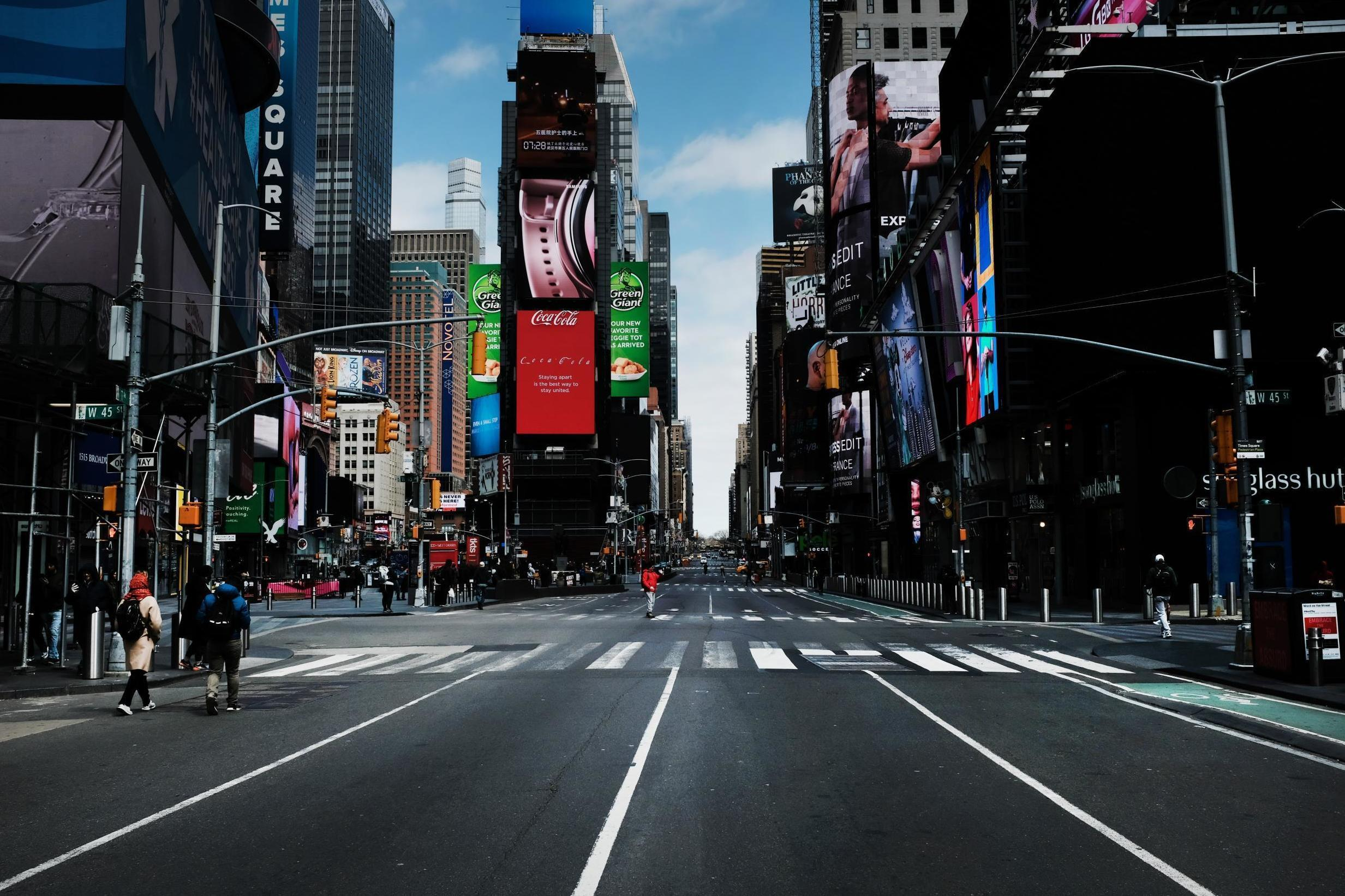 New York City When Will City Reopen Broadway Shopping And Restaurants The Independent Independent