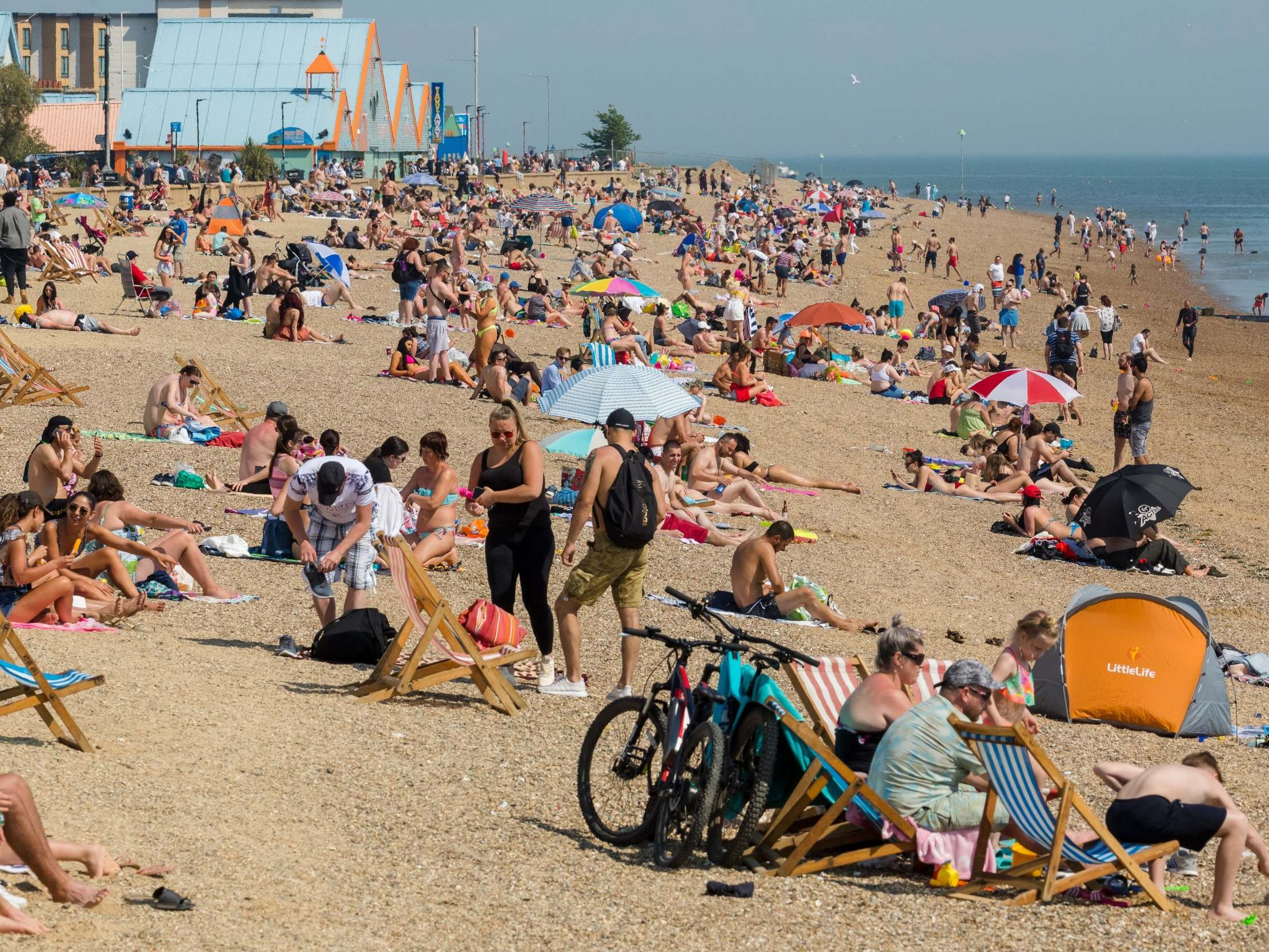 'Police will use enforcement if they have to': Britons warned to avoid beaches over bank holiday weekend