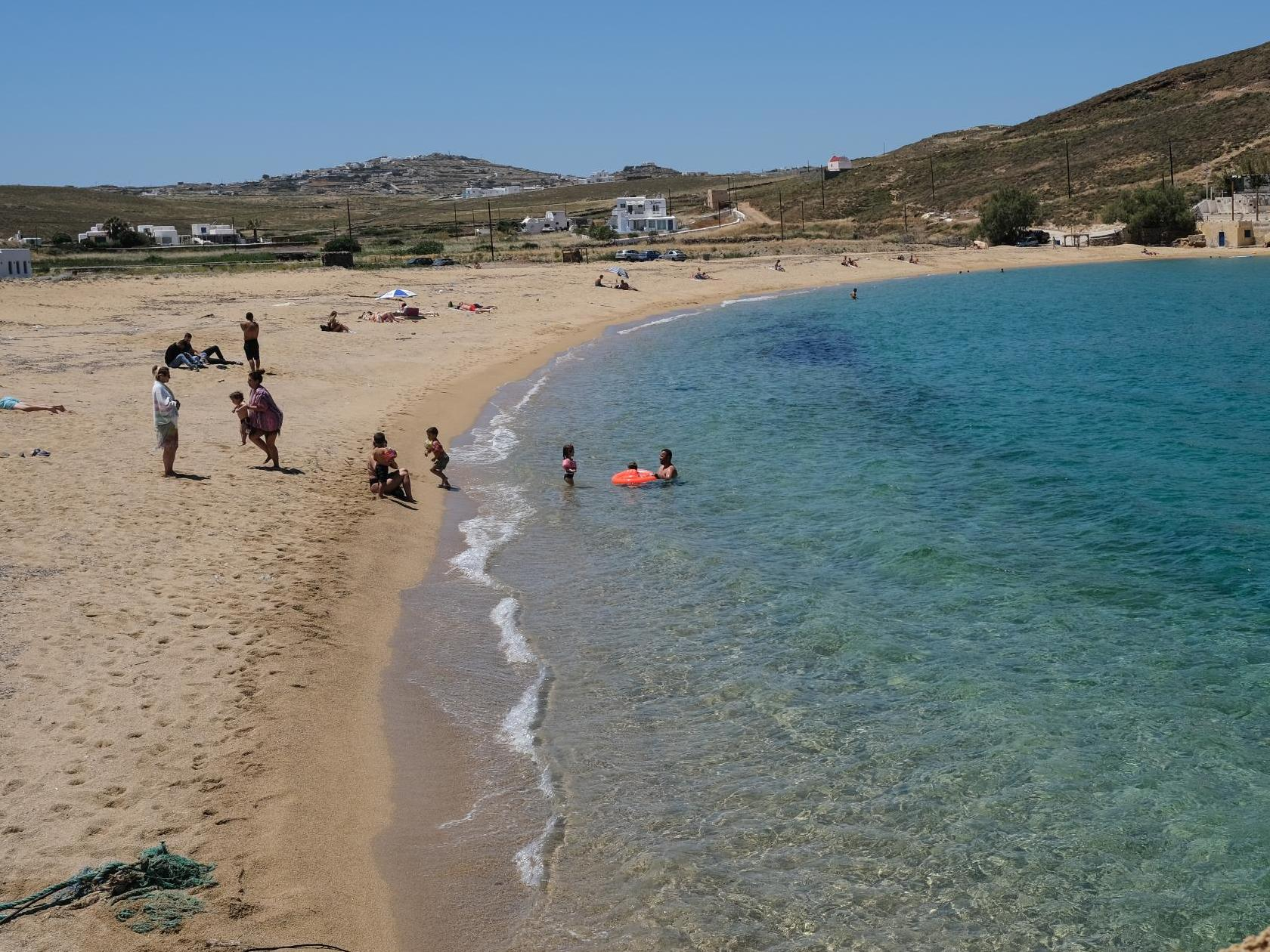 Coronavirus news – live: Greece reopens island ferry services and restaurants as Australian children return to school
